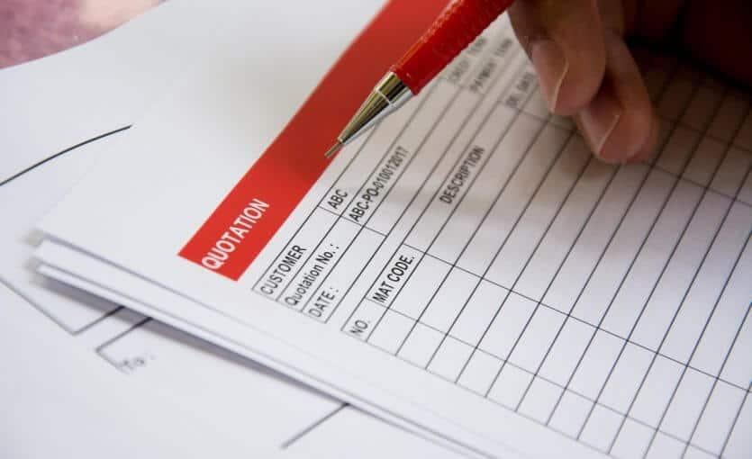 ריכוז הצעות מחיר ועריכת השוואה בין ההצעות